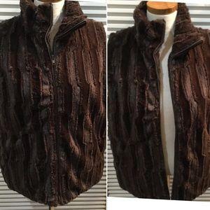 CEJON szL sculpted faux fur zip w/pockets& lined